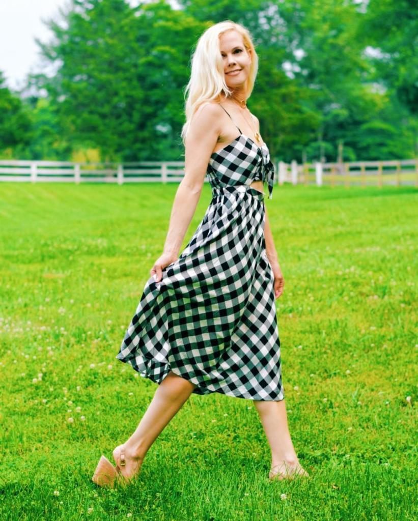 The Perfect Summer Dress // Tie-Front Black Check Sundress